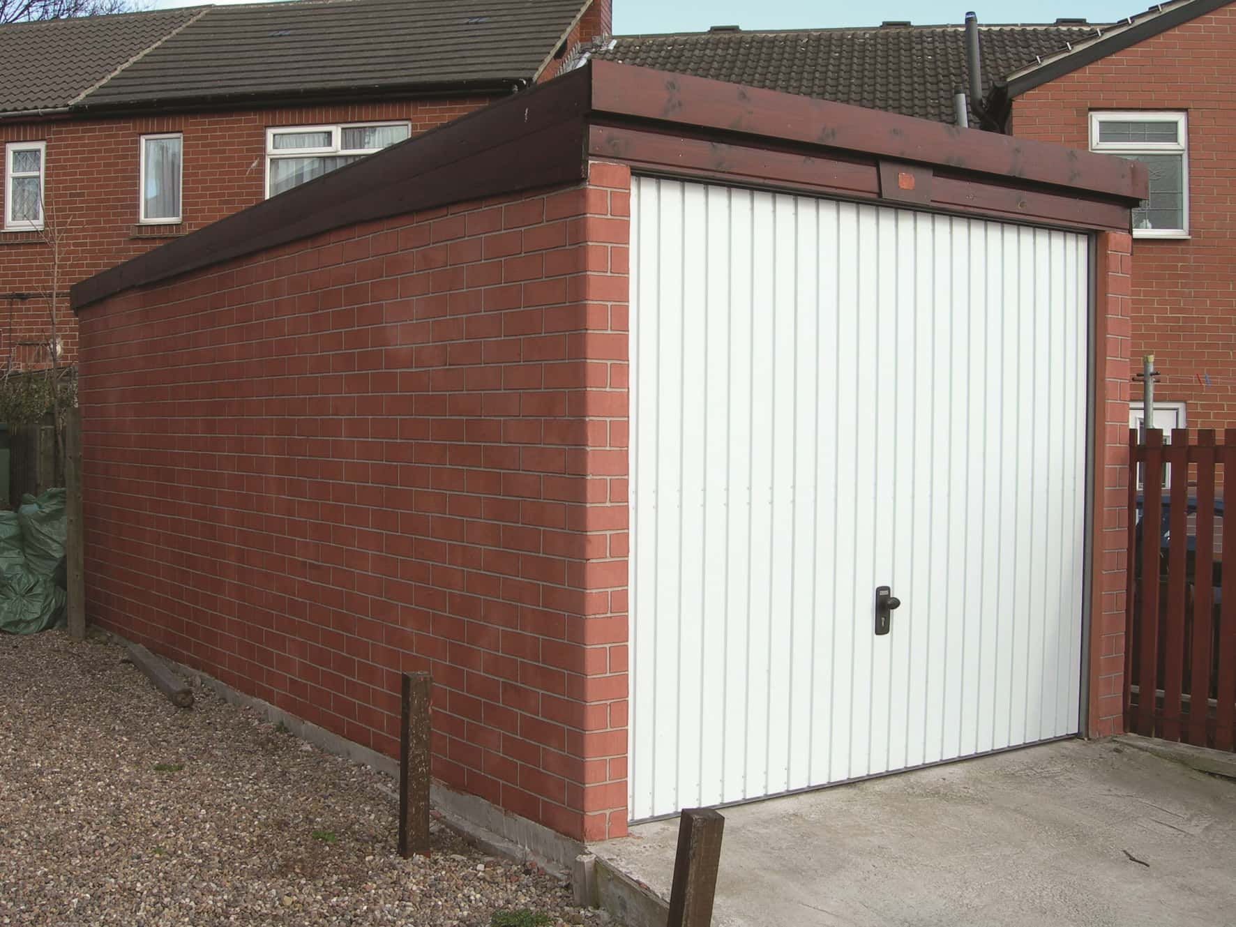 Dencroft Garage - Domestic Garages